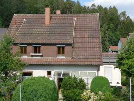 Gepflegte 3-Zimmer-Terrassenwohnung mit sonniger Dachterrasse in Uhingen/Nasachmühle