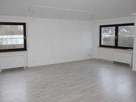 Renovierte 3-Zi.-KDB-Loggia, ca. 96m², Randlage Gevelsberg - Hagen
