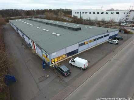 Ca. 870 qm Lager- / Logistikflächen   ebenerdig   ca. 4,30 m UKB