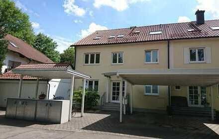 Dachgeschoßwohnung in ruhiger Lage nahe München