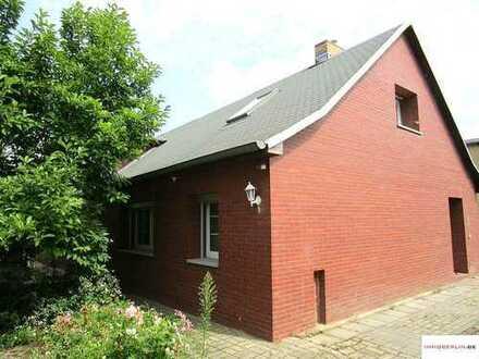 IMMOBERLIN: Großartiges Anwesen mit Doppelhaus & Remise beim Schlosspark Blumberg