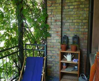 Schöne 3-ZKB mit Balkon ins Grüne (denkmalgeschütztes Gebäude)