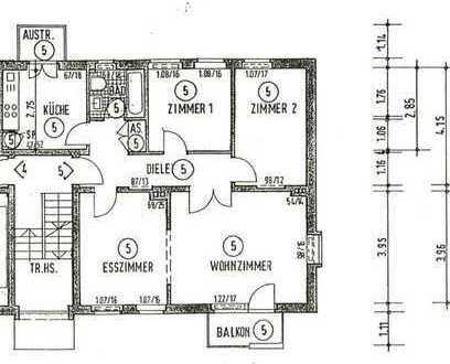 Helle Wohnung mit Balkon und guter Raumaufteilung