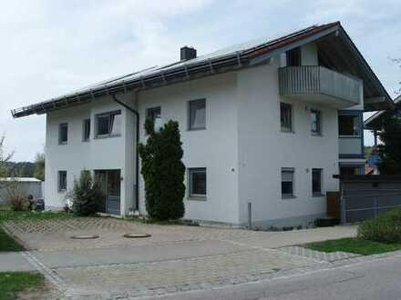 Sonnige 3-Zimmer-Wohnung mit Terrasse in Ermengerst