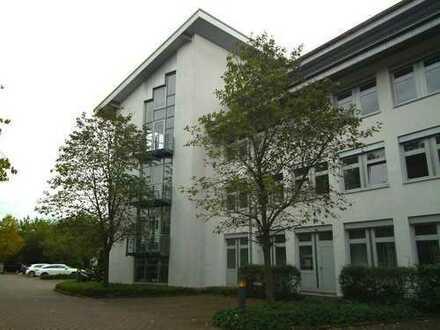 Moderne und exklusive Büroeinheit in grüner und zentraler Lage von Gelnhausen