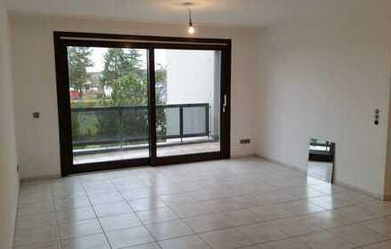 vollständig renovierte 3-Zimmer-Wohnung mit Balkon in Kölner Süden