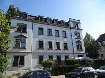 Cotta ! 2-Zimmer-Wohnung mit Wannenbad und Parkett