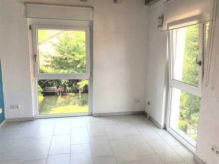 Schöne 2 Zimmer-Galeriewohnung, geeignet als Büro/Praxis