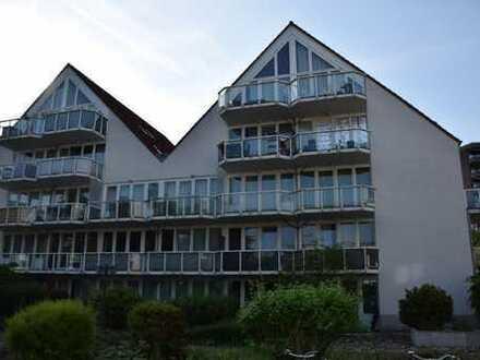 Erstbezug nach Sanierung : möblierte 2-Zimmer-Wohnung in Westhoven, Köln in der Nähe vom Rhein
