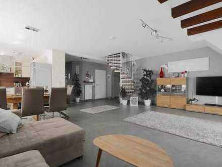 Großzügige, sonnige Maisonette-Wohnung mit Südbalkon u. eigenem Gartenanteil
