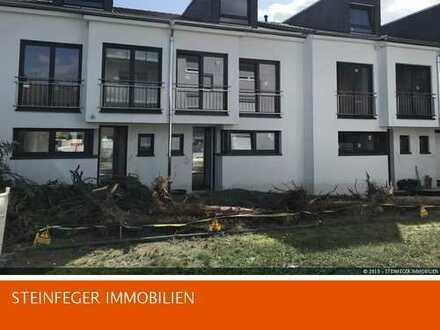 Rosbach: Schönes Reihenendhaus mit Keller, bietet viele Optionen zum Wohlfühlen   BEZUG Dez. 2019!