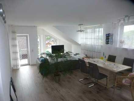 ** Moderne, attraktive 3-ZKB-Whg., Balkon, EBK in gepflegter Wohnanlage **
