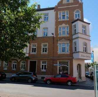 Solides Renditeobjekt - vermietete 3-Zimmer-Wohnung mit TLB und großer Küche
