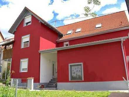 Solide Kapitalanlage - Neurenoviertes Mehrfamilienhaus in Geisingen