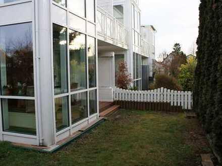Zwei-Zimmer-Erdgeschosswohnung mit Hobbyraum und Garten in ruhiger Lage von Hallbergmoos - Goldach.