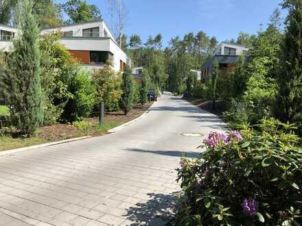 *reserviert* Exklusive Parkanlage mit Doppelhaus-Villen