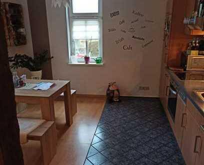 Günstige, gepflegte 2-Zimmer-EG-Wohnung mit EBK in Schmalkalden
