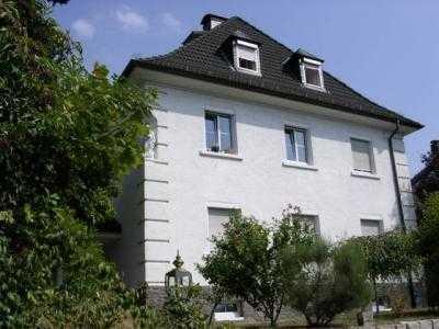 3-Zimmer Maisonette Wohnung in gepflegtem Stilaltbau