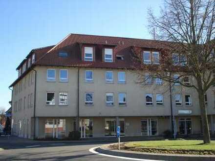Moderne DG-Maisonettewohnung in zentraler Lage von St.Leon! Tiefgaragen-Stellplatz inklusive!
