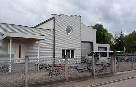 Halle /Büro/Ausstellung