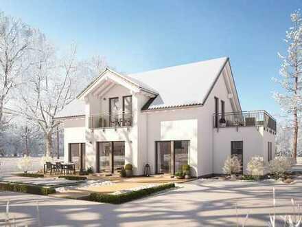 Traumhaftes Grundstück mit großem Haus - ideal für Tierfreunde!