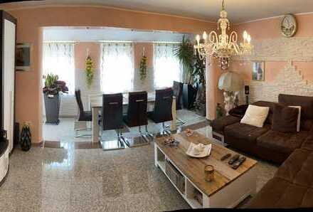 TOP renovierte 3 Zimmerwohnung (auch als Kapitalanlage 4% Rendite)