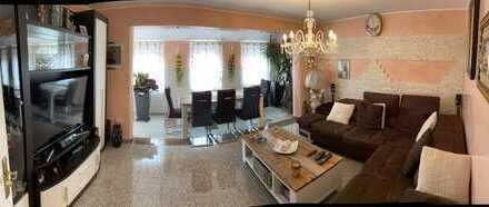 TOP renovierte 3 Zimmerwohnung