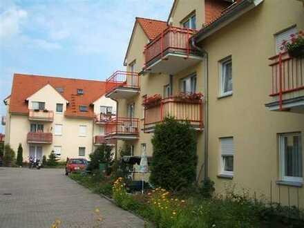 Ruhig gelegene 2-Raum Wohnung mit Terrasse und Stellplatz