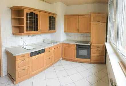 Exklusive, modernisierte 3-Zimmer-Wohnung mit Balkon in Böblingen