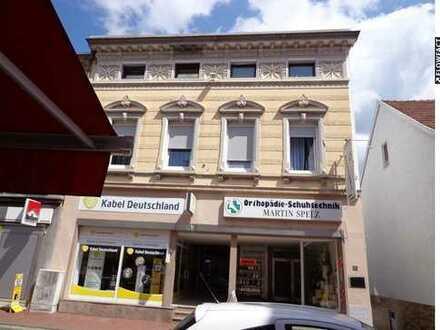 Ladenlokal in einem Denkmalgeschützten Wohn-und Geschäftshaus im Zentrum von Illingen