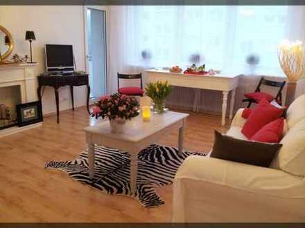 Exklusive, gepflegte 3-Zimmer-Wohnung mit Balkon und Einbauküche in Frankfurt am Main