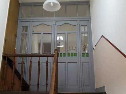 Günstige, vollständig renovierte 3-Zimmer-Wohnung mit EBK in Meisenheim