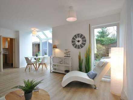 Liebenswerte und neuwertige Doppelhaushälfte in München Nord