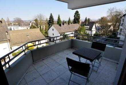 Provisionsfrei! Ruhige und verkehrsgünstig gelegene 3-Zimmerwohnung in Bonn-Dottendorf.
