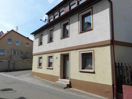 RESERVIERT: Charmantes Wohnhaus mit Nebengebäude in Oberotterbach