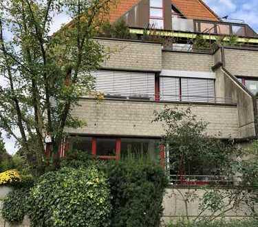 PROVISIONSFREI - Exklusive Wohnung mit 3 ZKB & 2 Balkonen, 2 Etagen, neue Küche, Garage, ab Nov. 18