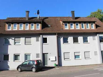 Solides 8-Familienhaus mit großem Garten in Esslingen-Krummenacker