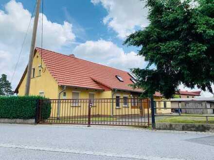 2 tolle Häuser zum Preis von Einem mit sehr gepflegt, angelegtem Grundstück zum Wohlfühlen