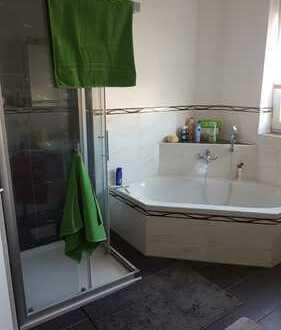 Neuwertige 3-Zimmer-Wohnung mit Balkon in Nittenau