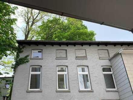 Büro, Werkstatt, Wohnen in charmantem Hofgebäude zu vermieten