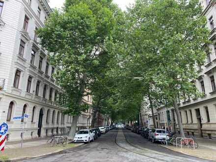 Erstbezug nach Sanierung : attraktive 4-Zimmer-Wohnung im Waldstrassenviertel Leipzig