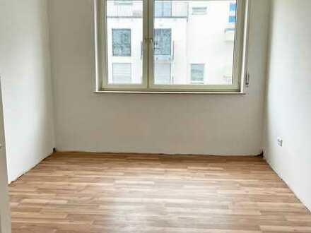 Frisch renovierte 3-Zimmer-Wohnung in zentraler Lage