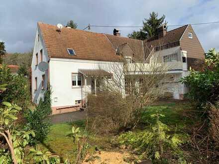 ++ Großzügiges 1-2 Familenhaus in ruhiger Wohnlage im Pfälzer Wald! ++