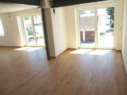 Erstbezug nach Sanierung mit Terrasse: schöne 4-Zimmer-Erdgeschosswohnung in Ehekirchen