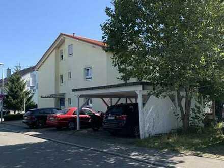 Gepflegte 3-Raum-DG-Wohnung mit Balkon in Reutlingen