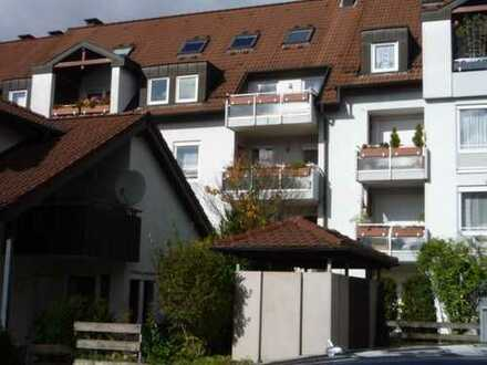 Gepflegte 4,5-Zimmer-Maisonette-Wohnung mit Balkon und Einbauküche in Sindelfingen