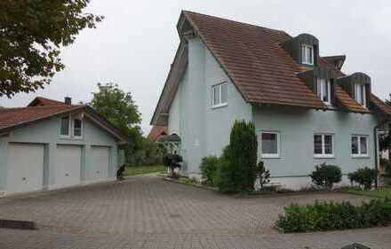 Zwei Eigentumswohnungen in sehr gutem Zustand (114m² und 52m²)