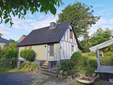 Minimalisten und Häuslebauer - kleines Häuschen, Wohnmobil Garage & tolles Baugrundstück