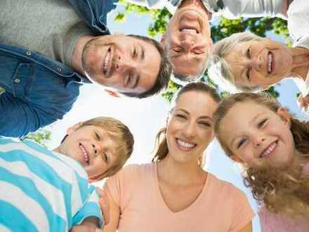 Hier ist genügend Platz für die ganze Familie- Info unter 01787802947