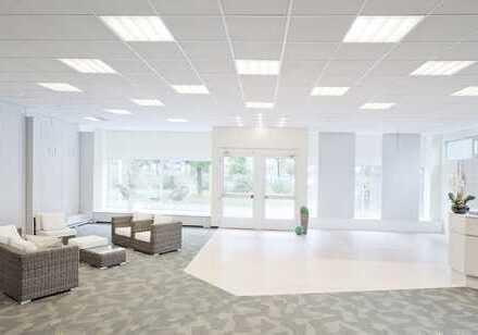 Büro / Praxis mit werbewirksamer Schaufensterfront